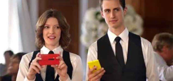 Microsoft mocks Apple-Samsung rivalry in latest Lumia ad
