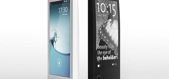 Russian Dual Screen YotaPhone